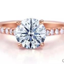 钻石冷知识   不懂钻石,怎么去求婚?